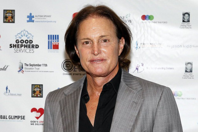 Bruce Jenner, 65 ans, est devenu un héros... (Photo Mark Von Holden, archives AP)