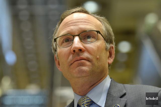 Le ministre Martin Coiteux a confirmé que le... (Le Soleil, Yan Doublet)