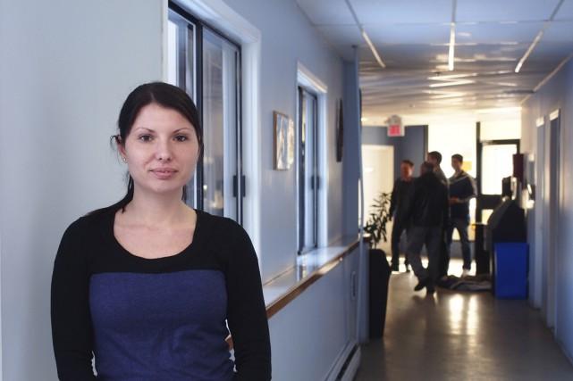 La directrice du Centre L'Envolée, Mélanie Paulhus.... (photo Alain Dion)