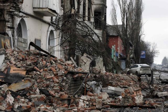 Debaltseve, noeud ferroviaire stratégique entre les villes rebelles... (PHOTO MAXIM SHEMETOV, REUTERS)