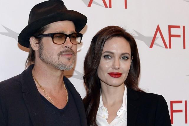 Angelina Jolie et Brad Pitt... (Photo Kevork Djansezian, Archives REUTERS)