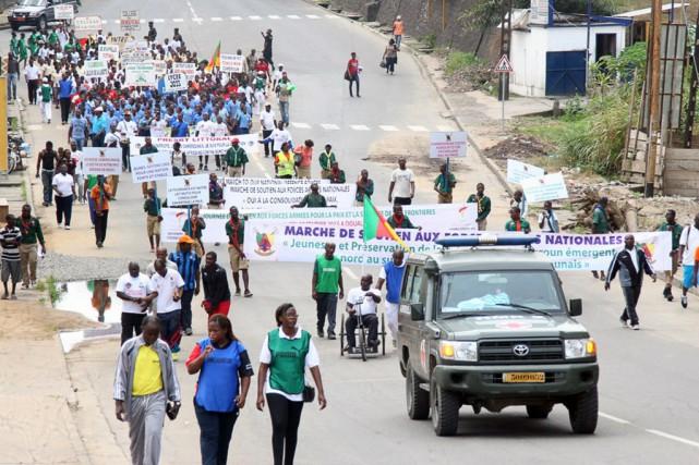 Les organisateurs avaient invité les participants à rédiger... (Photo Reinnier KAZE, AFP)