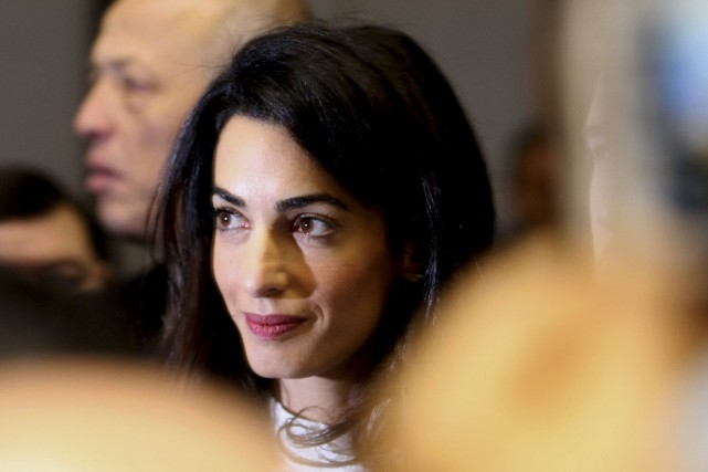 Amal Clooney est l'avocate du journaliste Mohamed Fahmy... (Photo Christian Lutz, AP)