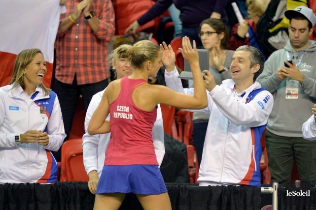 Karolina Pliskova a semé la joie dans le... (Photo Le Soleil, Pascal Ratthé)
