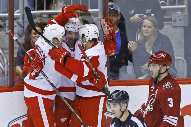 Avec ce gain, les Red Wings comptent 71... (PHOTO DAVID KADLUBOWSKI, AP)
