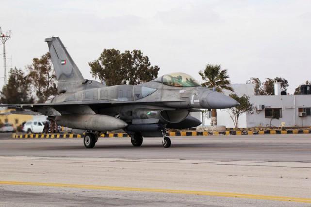 Les Émirats ont dépêché dimanche en Jordanie un... (Photo: Reuters)