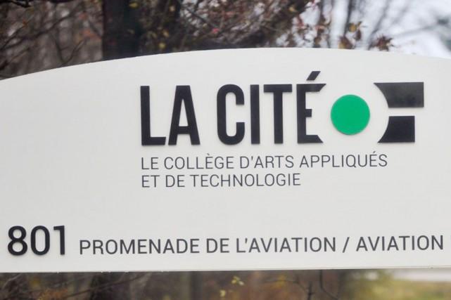 Un «bris majeur d'eau» force ce lundi la fermeture du collège La Cité. (Archives LeDroit)
