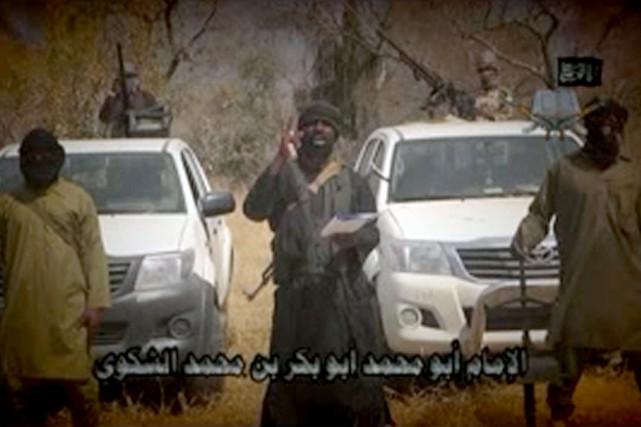 Dans une nouvelle vidéo diffusée lundi, le chef... (IMAGE AFP/BOKO HARAM)