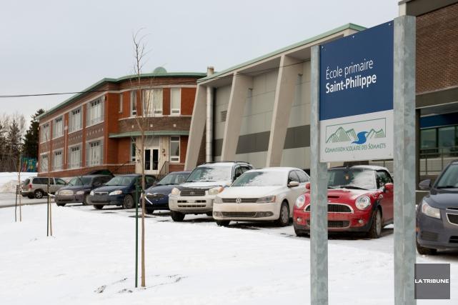 Les problèmes de l'école Saint-Philippe de Windsor ont pesé dans la balance... (Archives La Tribune, Jessica Garneau)