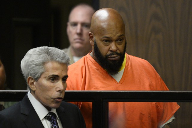 «Suge» Knight et son avocat David Kenner le... (Photo: AP)