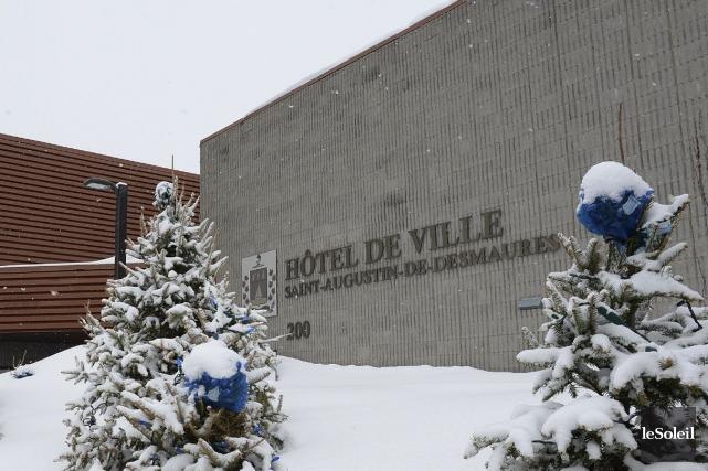 L'hôtel de ville de Saint-Augustin-de-Desmaures... (Photothèque Le Soleil, Erick Labbé)