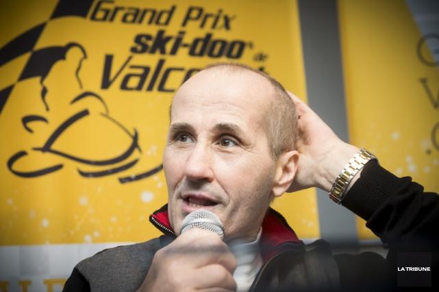 Jacques Villeneuve lors de la conférence de presse... (photo La Tribune)