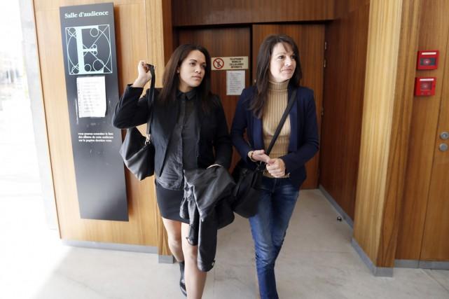 Manon (à gauche) et Sophie Serrano à leur... (PHOTO VALERY HACHE, ARCHIVES AFP)