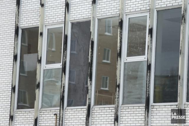 Des fenêtres de l'école.... (Photo Martin Chamberland, La Presse)
