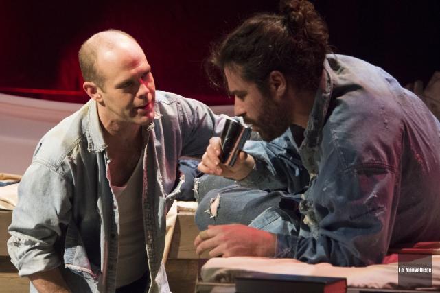 Martin Bergeron et Frédéric Dowd incarnent les deux... (Photo: Stéphane Lessard Le Nouvelliste)