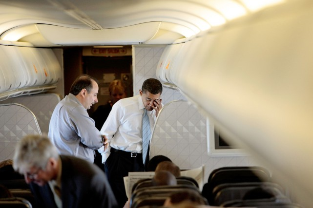 Barack Obama (à droite) et David Axelrod, en... (PHOTO CHIP SOMODEVILLA, ARCHIVES GETTY IMAGES)