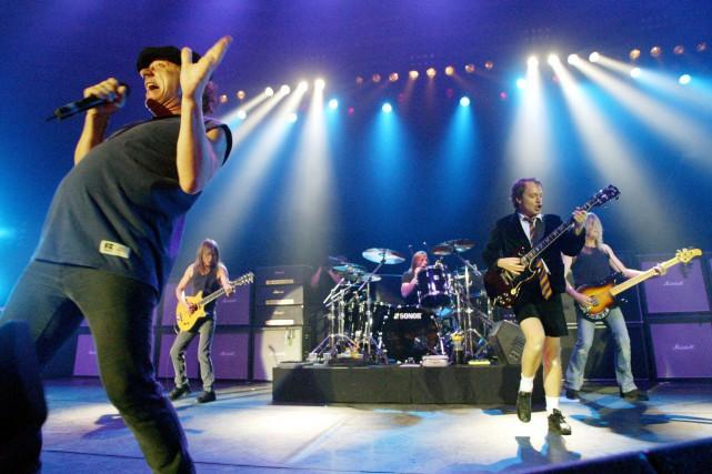 Le groupe AC/DC en spectacle.... (PHOTO JAN PITMAN, ARCHIVES AP)