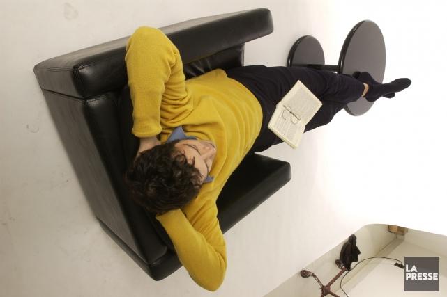 Une courte sieste semble en mesure de soulager le stress et de relancer le... (Archives La Presse)