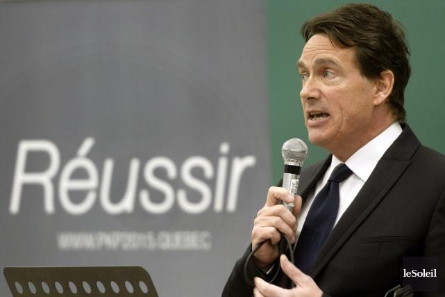 Le candidat à la direction du PQ Pierre... (Le Soleil, Jean-Marie Villeneuve)
