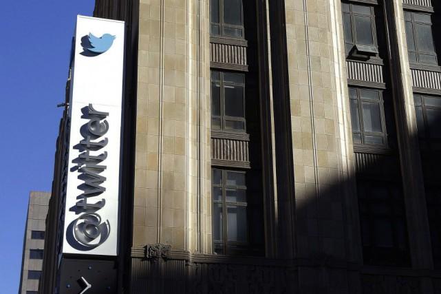 Twitter a annoncé mercredi l'acquisition de la «startup»... (PHOTO JEFF CHIU, AP)