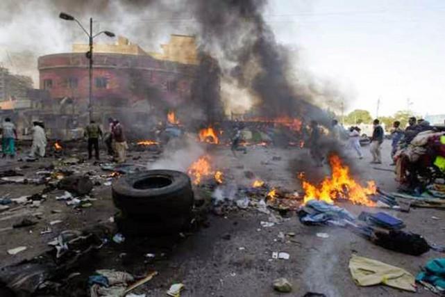 Au moins sept personnes ont été tuées jeudi... (PHOTO NAIJAGISTS.COM)
