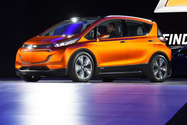 La Chevrolet Bolt.... (PHOTO JEWEL SAMAD, ARCHIVES AFP)