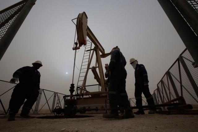 Le prix du baril de «light sweet crude»... (PHOTO HASAN JAMALI, ARCHIVES ASSOCIATED PRESS)