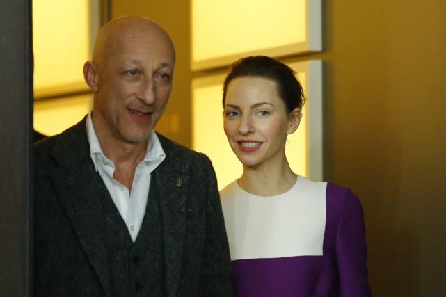 L'auteur d'Elser - 13 minutesOliver Hirschbiegel et l'actrice... (PHOTO AXEL SCHMIDT, AP)