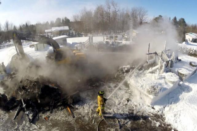 Un incendie, provenant selon toute vraisemblance du mauvais fonctionnement... (Photo collaboration spéciale Éric Beaupré)