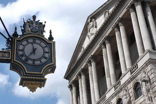 La Banque d'Angleterre a comme attendu jeudi laissé inchangé son taux directeur... (Photo archives Bloomberg)