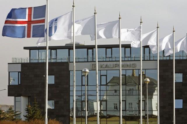 Les quatre dirigeants de la banque Kaupthing ont... (Photo Reuters)