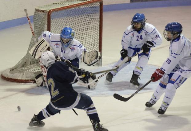 Il y a longtemps que Denis Francoeur désirait comparer son programme de hockey... (Photo: Sylvain Mayer)