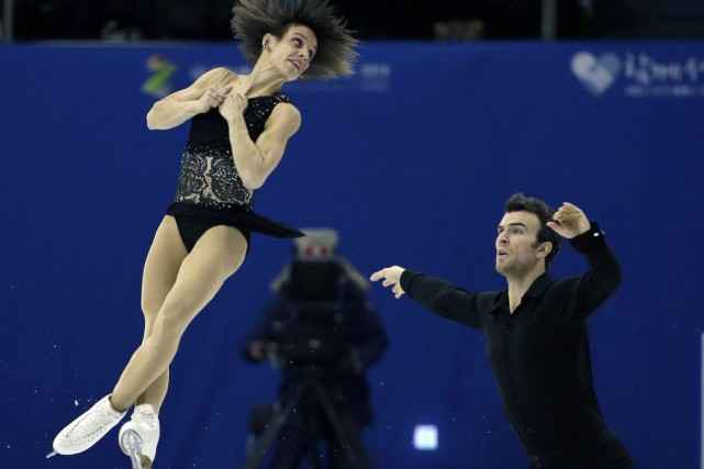 Meagan Duhamel et Eric Radford... (Photo Lee Jin-man, AP)