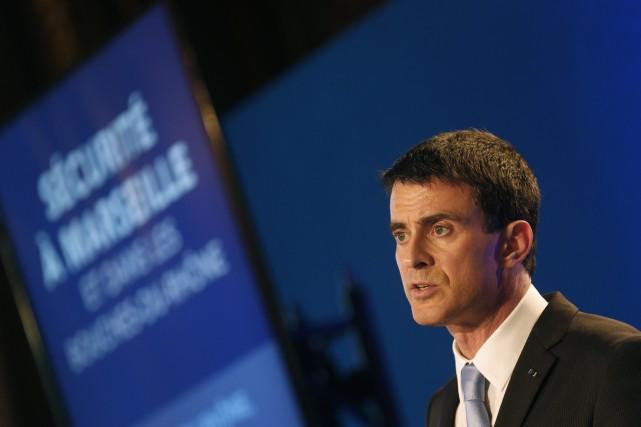 Le premier ministre français, Manuel Valls... (PHOTO JEAN-PAUL PELISSIER, AFP)