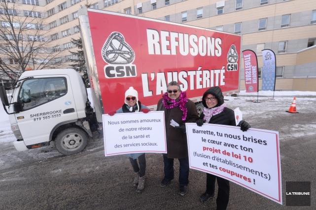 La caravane «Refusons l'austérité en Estrie» a fait... (IMACOM, René Marquis)