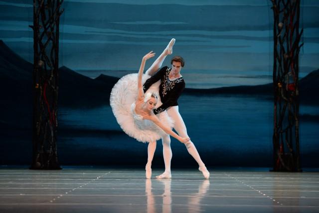 Le Théâtre académique d'État de Saint-Pétersbourg présentera LeLac... ((Courtoisie))