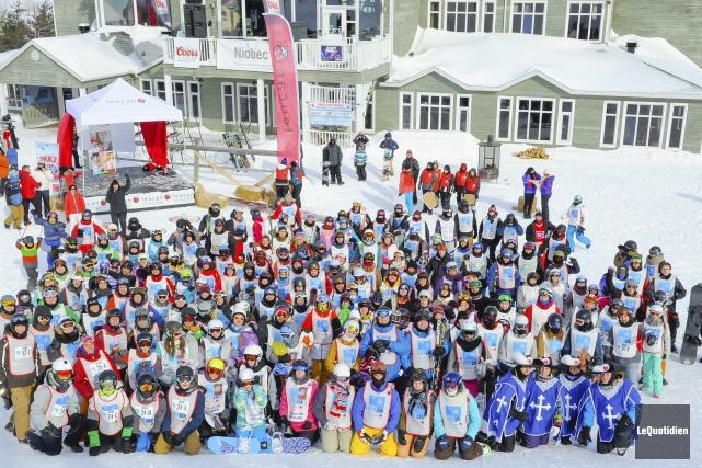 Environ 200 skieurs ont pris part au Défi... ((Photo Le Quotidien, Gimmy Desbiens))