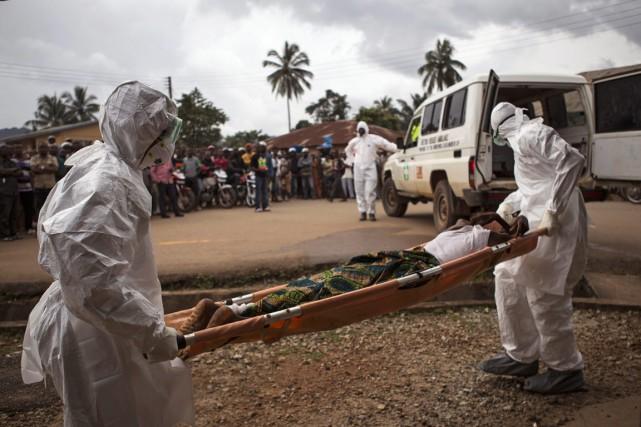 Un homme soupçonné d'être infecté par le virus... (Photo Tanya Bindra, archives AP)