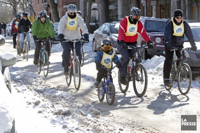 Plusieurs amoureux de la bicyclette ont démontré, dimanche, qu'ils n'ont... (Photo: Robert Skinner, La Presse)