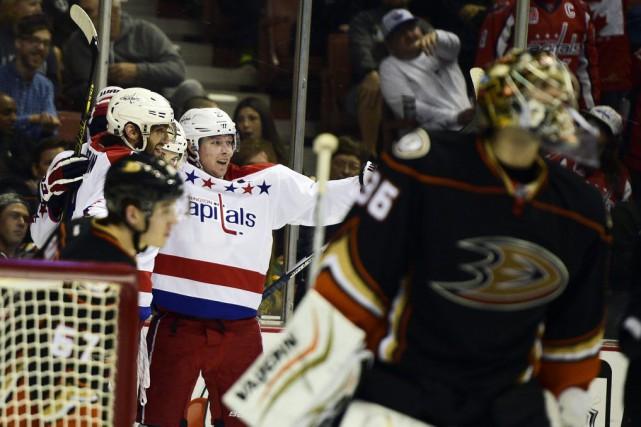 Alexander Ovechkin a inscrit deux buts en première période afin de retrouver la... (Photo: Reuters)