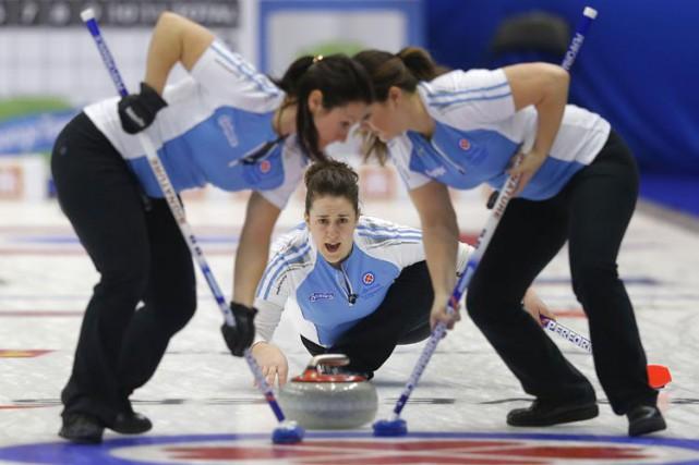 Le quatuor québécois de la skip Lauren Mann a signé une première victoire au... (Photo: Reuters)
