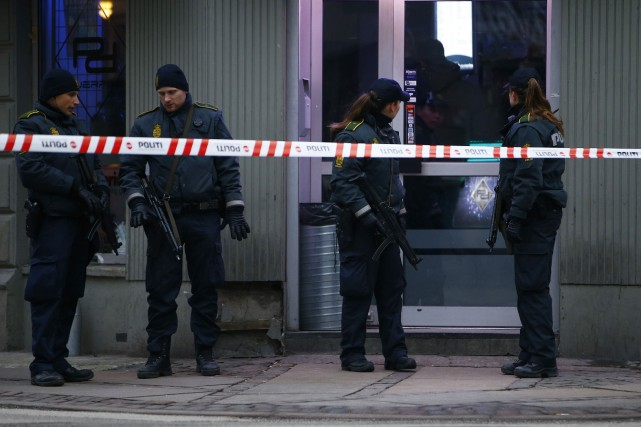 La police, qui quadrille la capitale danoise depuis... (PHOTO LEONHARD FOEGER, REUTERS)