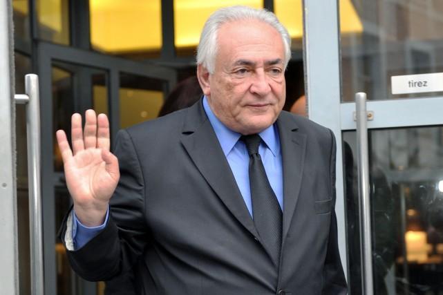 Dominique Strauss-Kahn, à Lille, le 16 février.... (PHOTO FRANCOIS LO PRESTI, AFP)