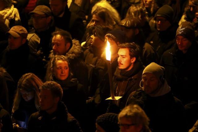 Encore sous le choc, les Danois voulaient massivement... (PHOTO LEONHARD FOEGER, REUTERS)