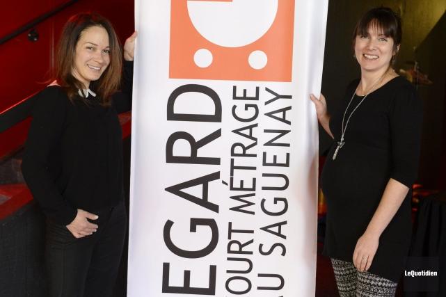 Sandrine Bisson, porte-parole, et Mélissa Bouchard directrice de... ((Photo Le Quotidien, Jeannot Lévesque))