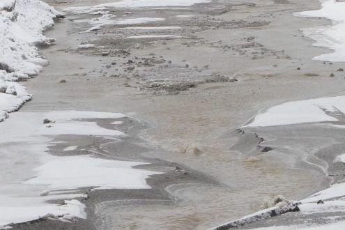 Une conduite d'eau s'est rompue dans la nuit de mardi, dans le sud-ouest de... (PHOTO D'ARCHIVES)