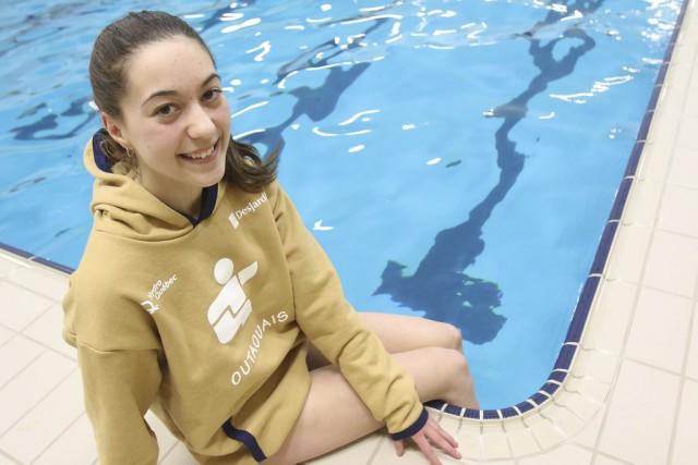 La nageuse synchronisée Danika Maisonneuve portera le drapeau... (Patrick Woodbury, LeDoit)