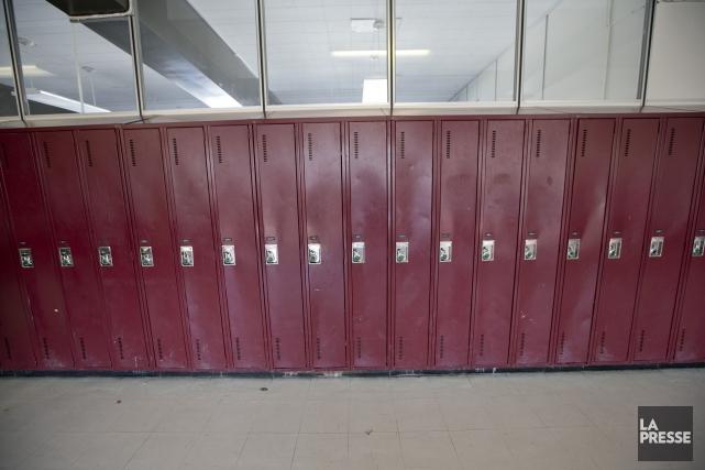 La direction d'une école peut-elle demander à une élève de se dévêtir pour... (PHOTO DAVID BOILY, ARCHIVES LA PRESSE)
