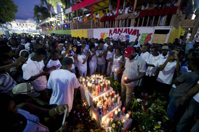 Le carnaval, véritable institution dans le pays, est... (Photo: AFP)