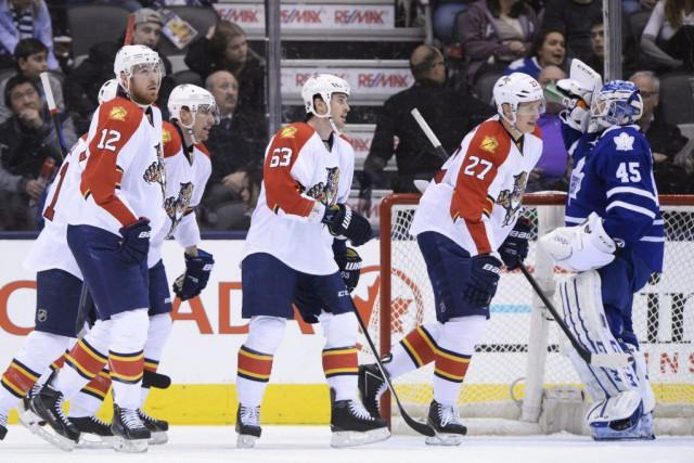 À moins de deux semaines de la date limite des transactions, les Maple Leafs de... (Photo: PC)